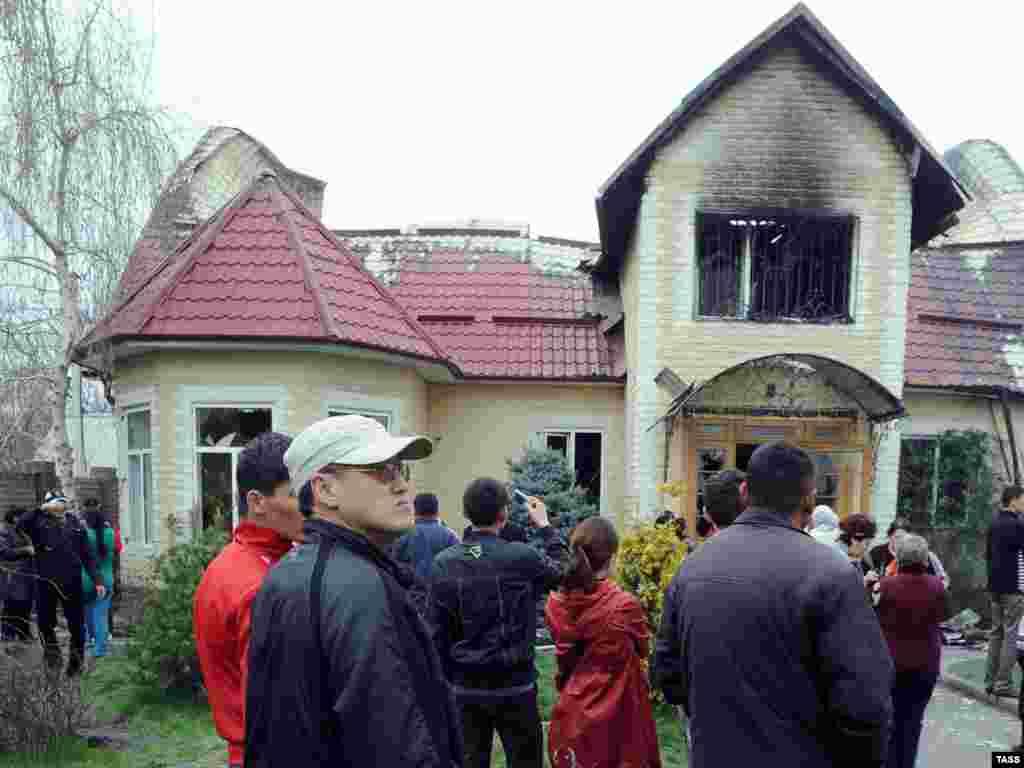 Бишкек. Дом Бакиевых, 2010