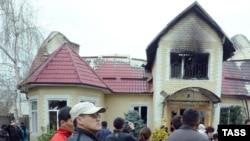 Курманбек Бакиевдин Бишкекте өрттөлгөн үйү