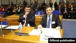 Представители Армении в Европейском суде по правам человека во время слушаний по делу «Саркисян против Азербайджана», Страсбург, 5 февраля 2014 г. (фотография – Генпрокуратура Армении)