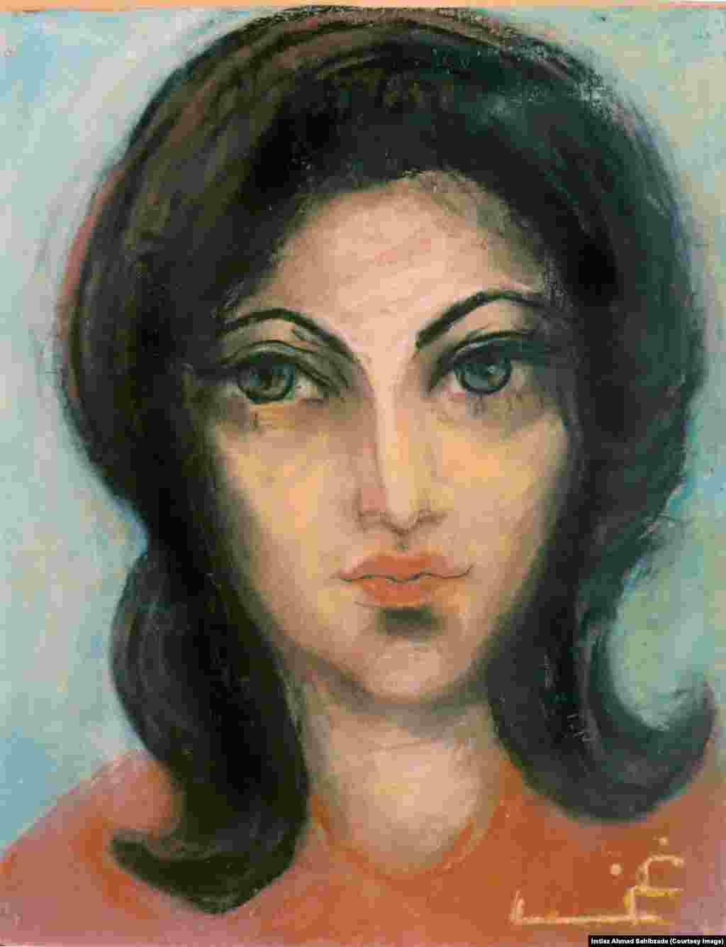 Zareen, Khan's younger daughter.