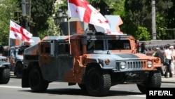 Грузинская военная техника на параде в Тбилиси (архивное фото)