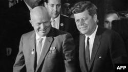 Sovjetski lider Nikita Hruščov i američki predsjednik John F. Kennedy, Beč, 1961.