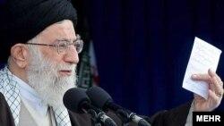 İranın ali dini lideri Ayətulla Xameneyi