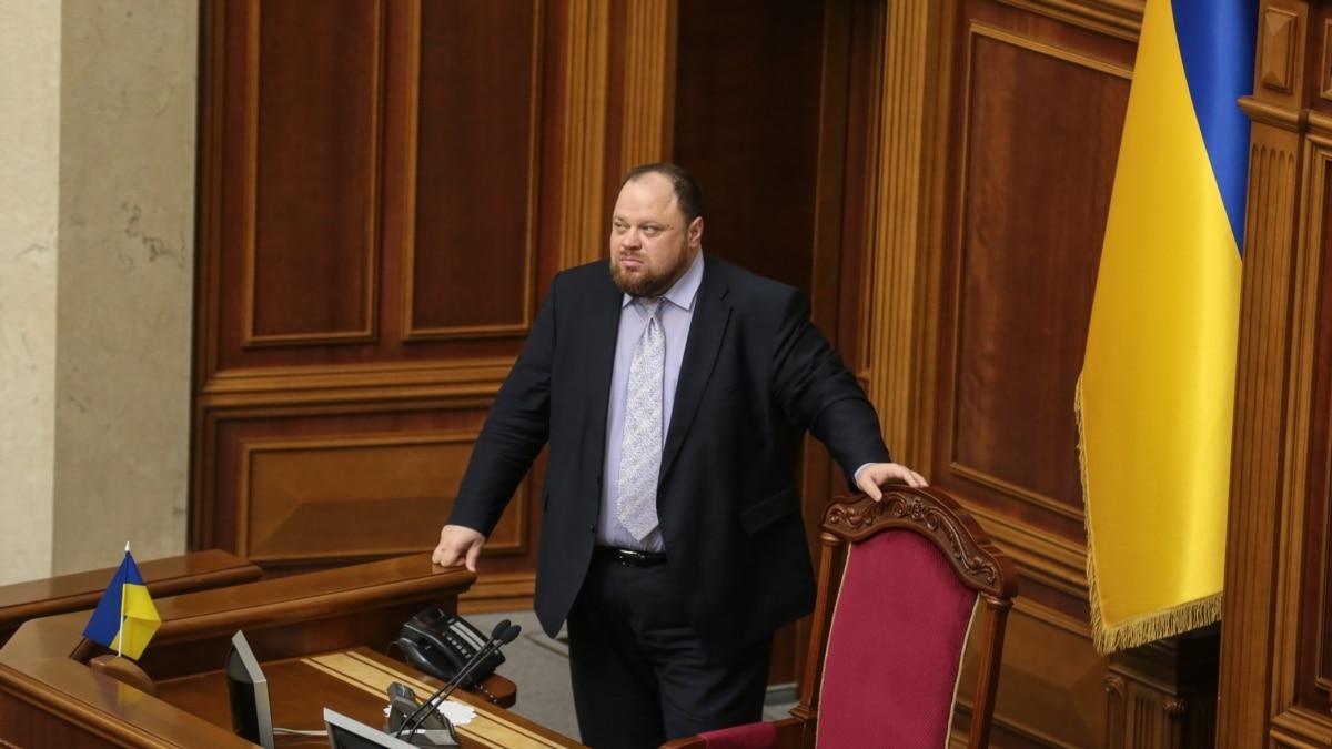 «Старается и работает»: Стефанчук не видит перспективы отставки Шмыгаля