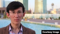 Блогер Тимур Бектур.