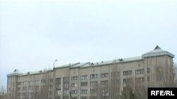 Солтүстік Қазақстан облыстық ауруханасы. Петропавл, сәуір, 2009 жыл.