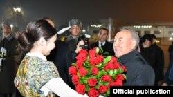 Назарбоевнинг Тошкент аэропортида 28 ноябрь куни кутиб олиниши.