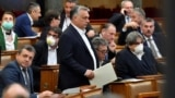 Viktor Orban, la ședința Parlamentului, care i-a acordat puteri discreționare