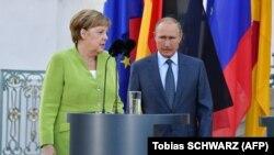 Канцлер Німеччини Ангела Меркель і президент Росії Володимир Путін. Німеччина, 18 серпня 2018 року