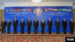 КМШ өлкөлөрүнүн өкмөт башчыларынын Бишкек саммити. 7-июнь, 2016-жыл.