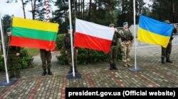 Військові України, Польщі та Литви на території спільного українсько-польсько-литовського військового підрозділу «ЛитПолУкрбриг». Люблін, 22 лютого 2019 року