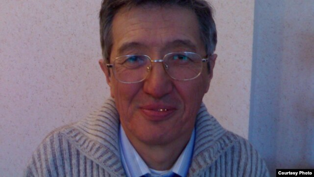"Pastor Bakhtzhan Kashkumbaev says the Kazakh authorities' case against him ""is going nowhere,"" which is why they sent him for psychiatric evaluation."
