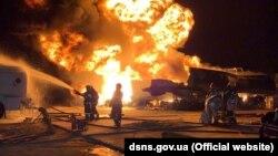 До ліквідації пожежі залучені ДСНС і комунальні служби Києва