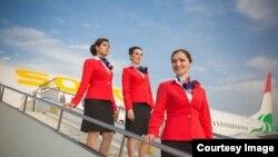 """Cтюардессы авиакомпании """"Сомой Ёйр"""""""