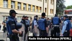 پولیس مقدونیا