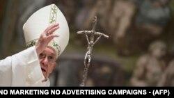 Papa Françesku, foto nga arkivi