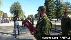 Вайсковец тэрытарыяльнай абароны прысягае Беларусі