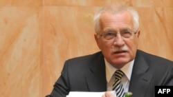 Vaclav Klaus na sednici Ustavnog suda Češke