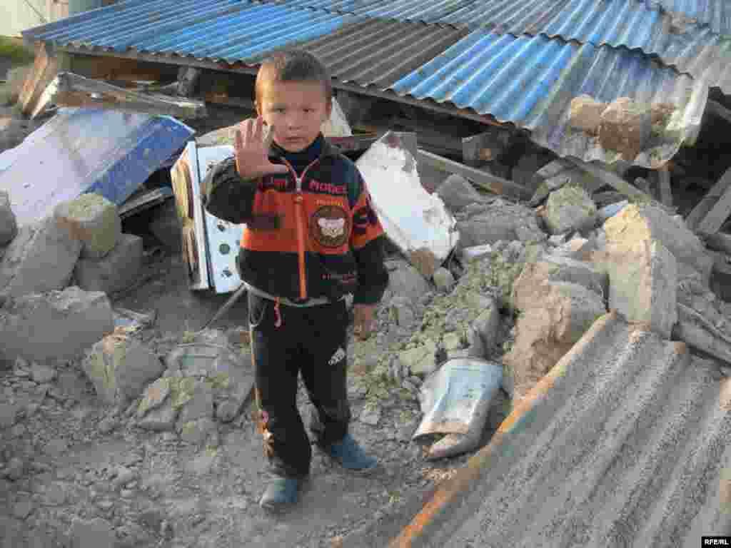 После сноса домов в поселении «Тойлысай» #15