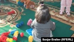 Балдар үйүнөн тартылган сүрөт. 2013-жыл.