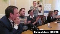 Виталий Ротарь и участники встречи