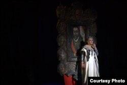 Дзікае паляваньне караля Стаха» (Уладзімер Солтан), Алена Бундзелева ў ролі Надзеі Яноўскай, 2010
