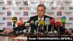 Глава комиссии по коммуникациям Каха Бекаури надеется, что компании-операторы не повысят тарифы