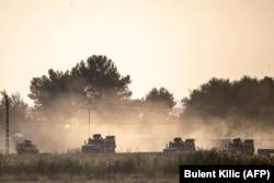 Бронетехника армии Турции на границе с Сирией. 9 октября 2019 года
