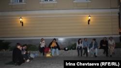 Рабочие Москвы у мэрии