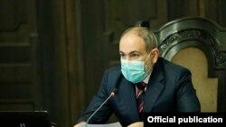 Никол Пашинян на заседании правительства