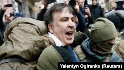 Задержание Михаила Саакашвили сотрудниками СБУ. Киев, 5 декабря 2017 года.