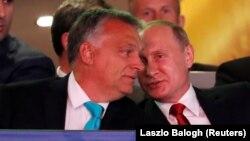 Орусиянын президенти Владимир Путин жана Венгриянын премьер-министри Виктор Орбан.