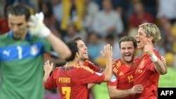 Španci slave nakon pobede