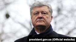 5-й президент України Петро Порошенко під час візиту до Черкас у 2019 році