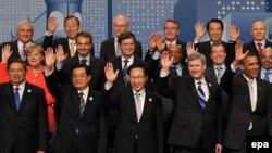 """Лидеры стран """"большой двадцатки"""", собравшиеся в Торонто, с оптимизмом смотрят в экономическое будущее. Насколько оправдан их оптимизм?"""