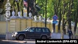 3 мая 2008 года, Минск, дипломаты США покидают Белоруссию