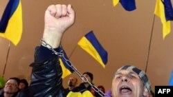 Pamje nga protestat pro-Evropiane, Kiev