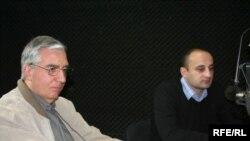 კონფლიქტებისა და მოლაპარაკებების საერთაშორისო ცენტრის ხელმძღვანელი - გოგი ხუციშვილი (მარცხნივ) და საერთაშორისო ურთიერთობების ასოციაციის პრეზიდენტი - ლევან ცუცქირიძე
