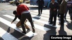 صحنه ای از یک نزاع خیابانی در تهران