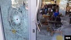 Після нападу в готелі Imperial Marhaba в місті Сус, 26 червня 2015 року