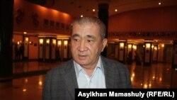 Драматург Серик Асылбекулы, автор пьесы «Желтоксан жели». Алматы, 9 декабря 2015 года.