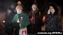Минск. Колядки у стен тюрьмы. Декабрь 2010
