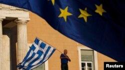 ЕС предлагает теперь Греции новые кредиты – 35 млрд евро на ближайшие шесть лет