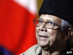 """Мухаммад Юнус, бангладештік экономист, """"Грамин"""" банктің негізін қалаушы. 9 желтоқсан 2012 жыл."""