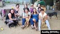 """Наталия Грачева: """"Когда у меня дома собралась куча собак, я начала их пристраивать. Тогда я поняла, что масштабно не смогу этого сделать. Моя дочь посоветовала организовать свой фонд."""""""