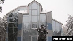 Памятник Ермаку в Сургуте