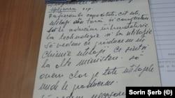 Pagină de blocnotes. Este scrisul Elenei Ceaușescu și însemnările sunt de la Congresul XIV