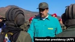 Dok se Zapad okreće protiv njega, osporeni predsjednik Venecuele Nicolas Maduro demonstrira vojne mišiće
