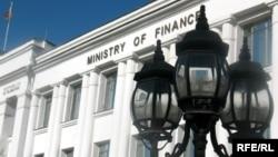 Здание министерства финансов Таджикистана.