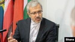 مهدی عسلی می گوید: قیمت هر بشکه نفت پایان امسال درمحدوده ۴۰ تا ۵۵ دلار، نوسان خواهد کرد